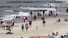 Kąpiel w Bałtyku tylko dla odważnych