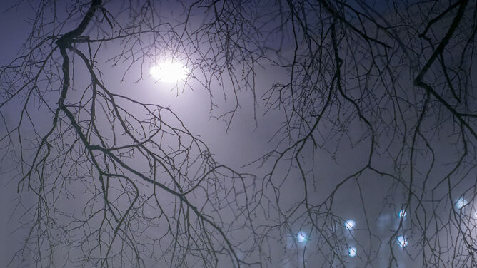 Wieczór ze smogiem. Powietrze ma złą, a nawet fatalną jakość